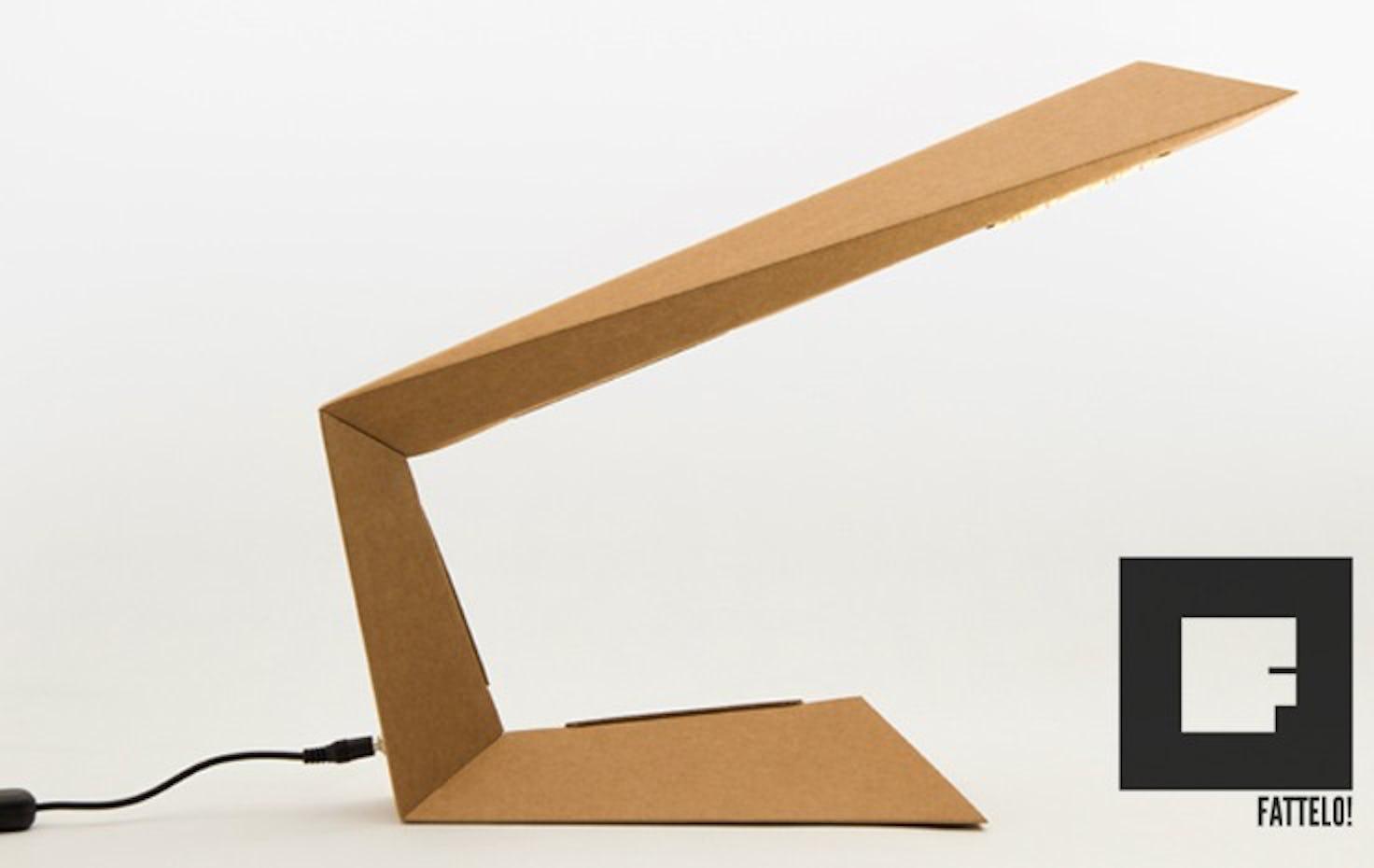 Lampada In Cartone 01lamp : Fattelo in crowdfunding su eppela