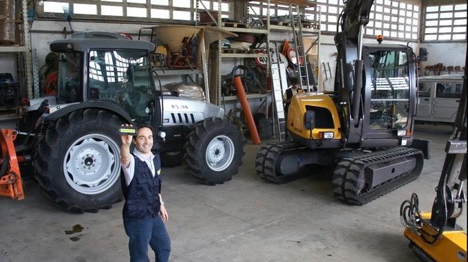 1471440838629437 trattore ks