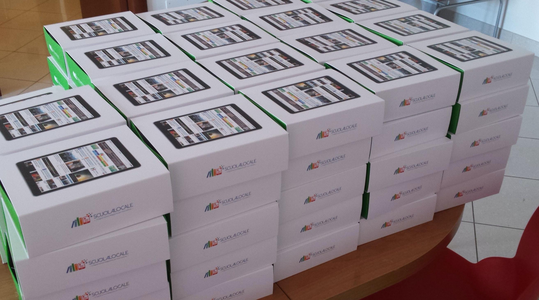1487065442893551 scatole