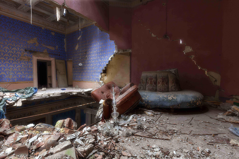 1497262159064184 villa abbandonata in seguito ad un crollo nelle marche