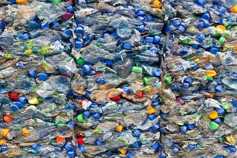 1502105828945509 plastic waste