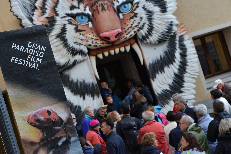 1515086006656011 1515065995372758 2017 07 25 concorso internazionale foto paolo rey2 entrata pubblico maison de la grivola tigre