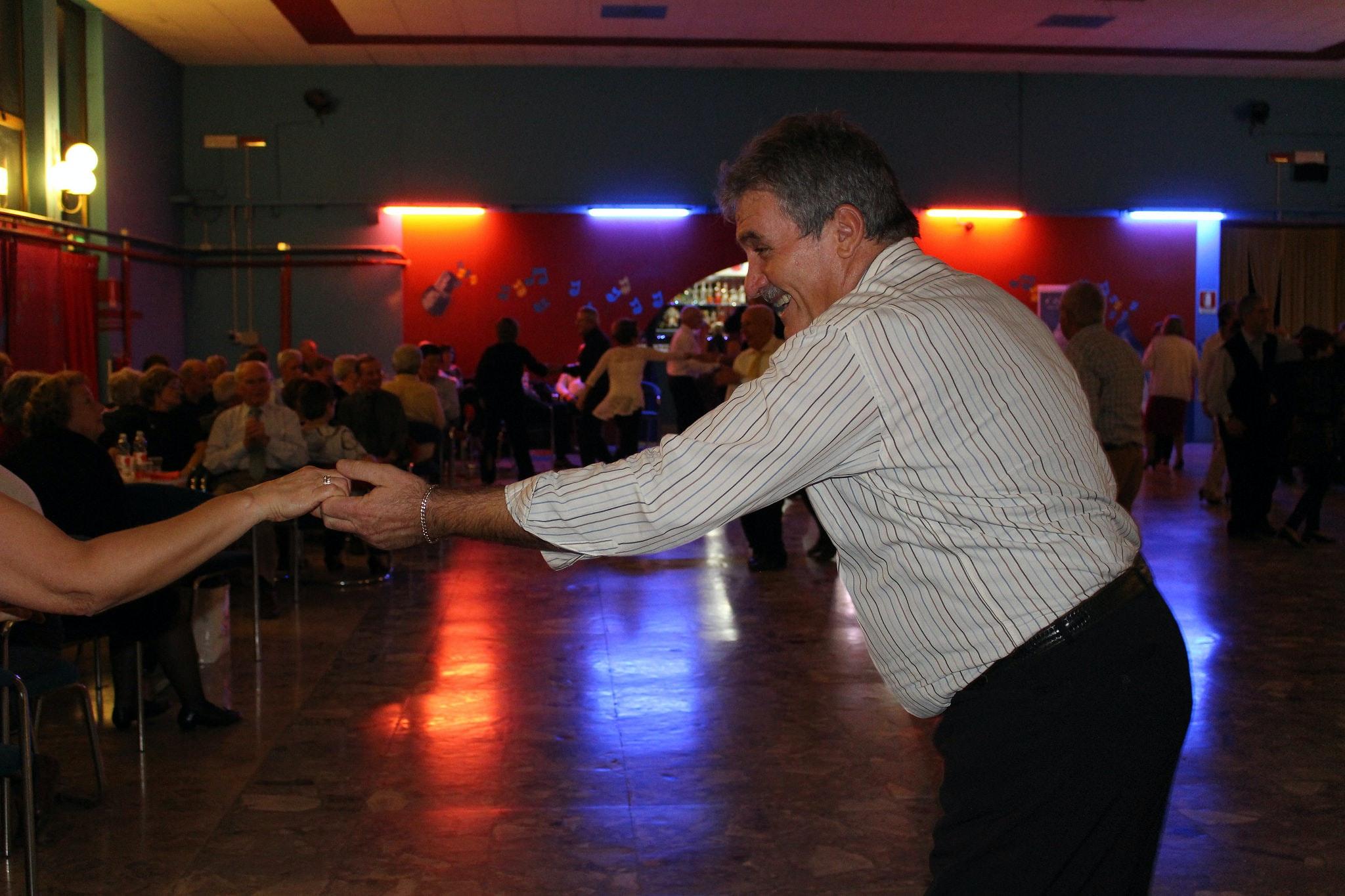1548321659495646 dancing everest 6