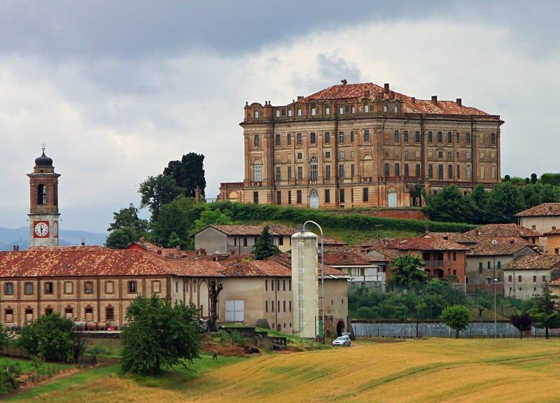 1592949267779641 castello di guarene8