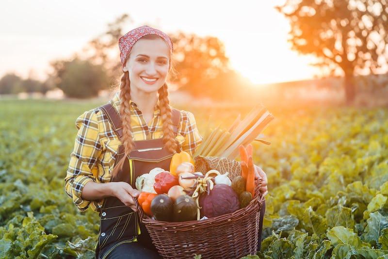 1611216767439737 7 agricoltore donna