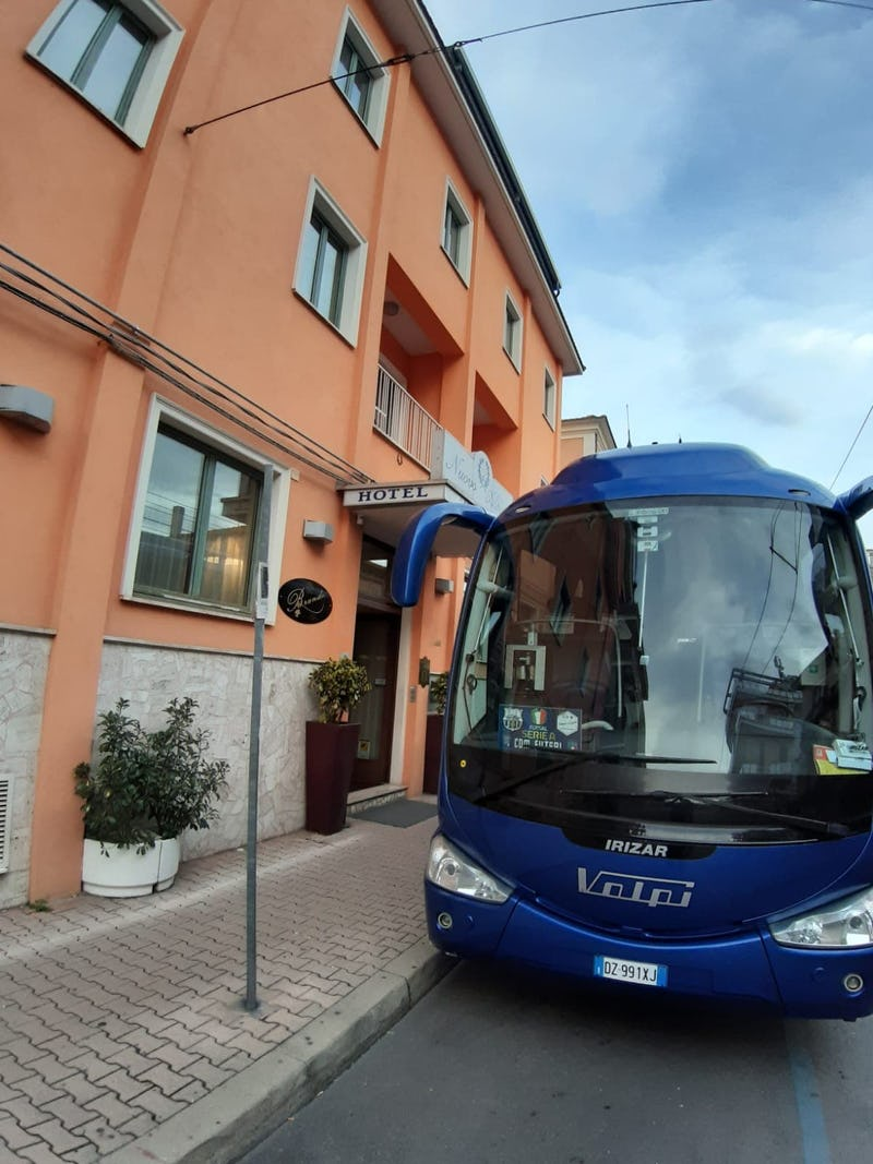 1611763236115783 1607591607155116 bus
