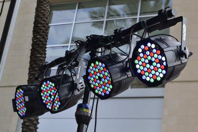 1617137457662405 stage lights 4684900 1280