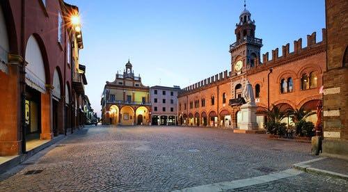 1620191135521963 cento piazza guercino